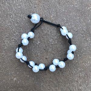 Jewelry - Black Triple pearl bracelet